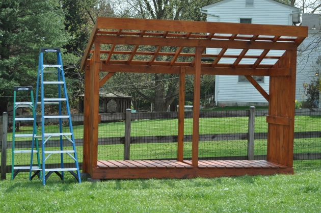 Plans for loafing shed free nosote for Free pole shed plans